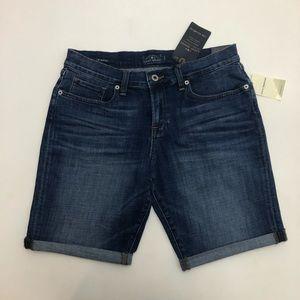 Lucky Brand Bermuda Jean Shorts Size 29